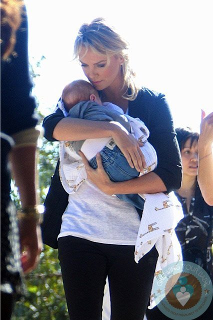 Charlize-Theron-on-set-in-January-with-a-new-baby-possibly-Jackson