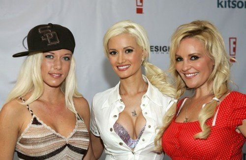 Kendra+Wilkinson+Holly+Madison+Girls+Next+KDRBU8ITGoel[1]