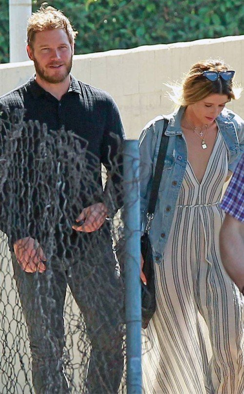 rs_634x1024-180806053323-634-Chris-Pratt-Katherine-Schwarzenegger-Sighting-Church-LA-LT-080618[1]