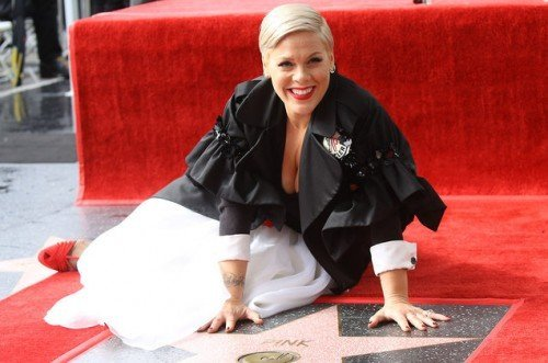 pink-hollywood-walk-of-fame-star-2019-billbord-1548[1]