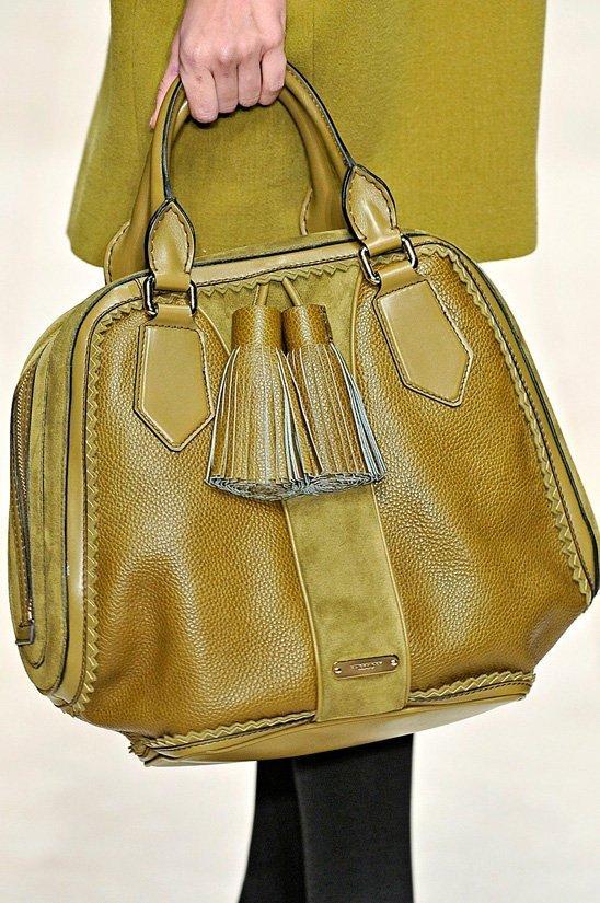маленькие сумочки 2012 фото.
