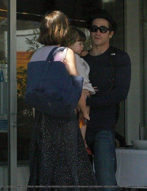 Джейк Джилленхол с сестрой Мэгги и племянницей Рамоной