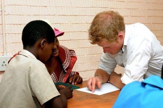 Принц Гарри в Африке