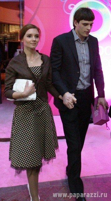 Василий Степанов и его девушка
