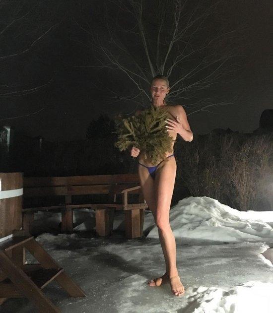 golaya-volochkova-video-doma