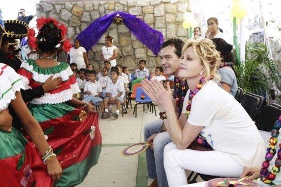Мексиканская школа Антонио и Мелани.
