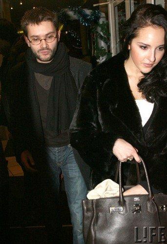 Артем Семакин с подругой