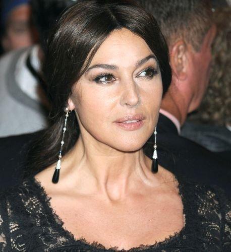 Моника Белуччи: http://www.starslife.ru/tag/monica-bellucci/