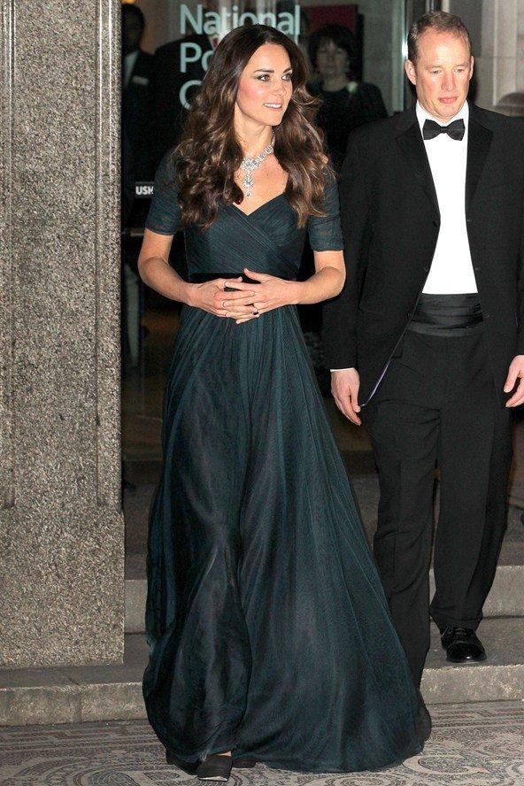 Королевская семья недовольна волосами Кейт Миддлтон