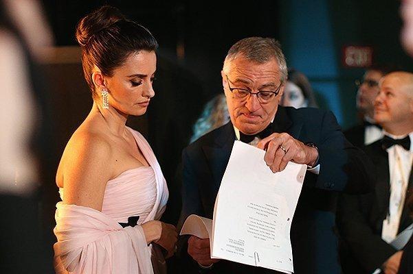 С вибратором на церемонии