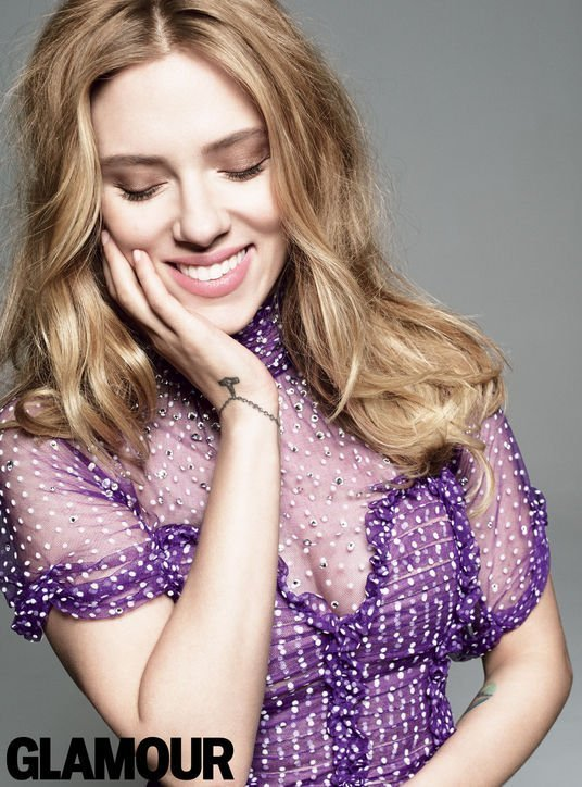05-scarlett-johansson-glamour-purple-dress-h724