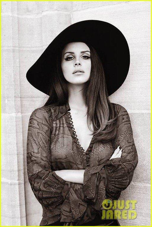 lana-del-rey-covers-fashion-magazine-03