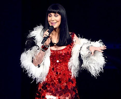 1416583973_cher-article