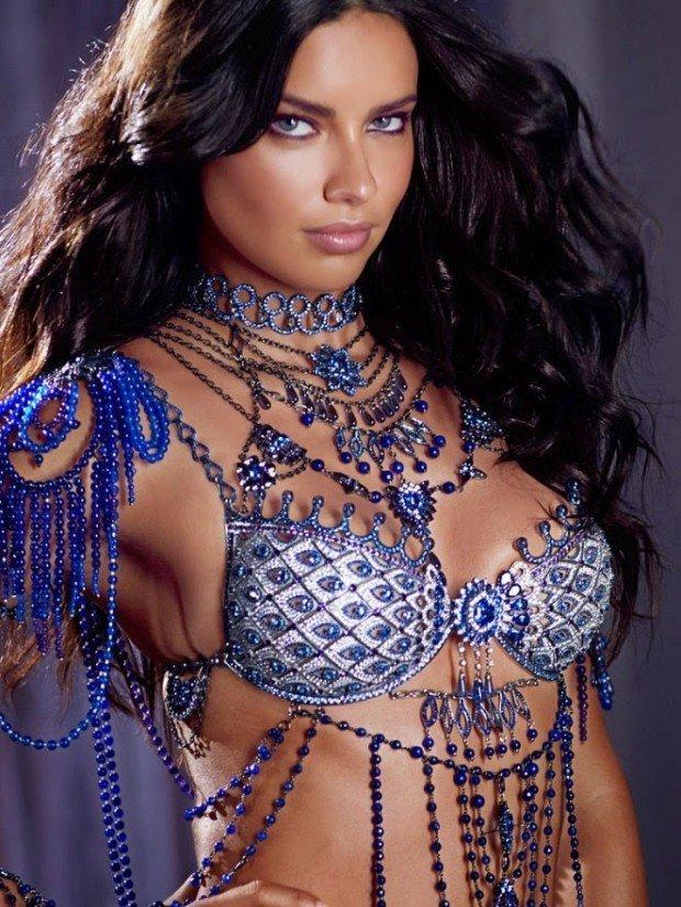 Adriana-Lima -2014-Victorias-Secret-Fantasy-Bra-Preview--02-662x882