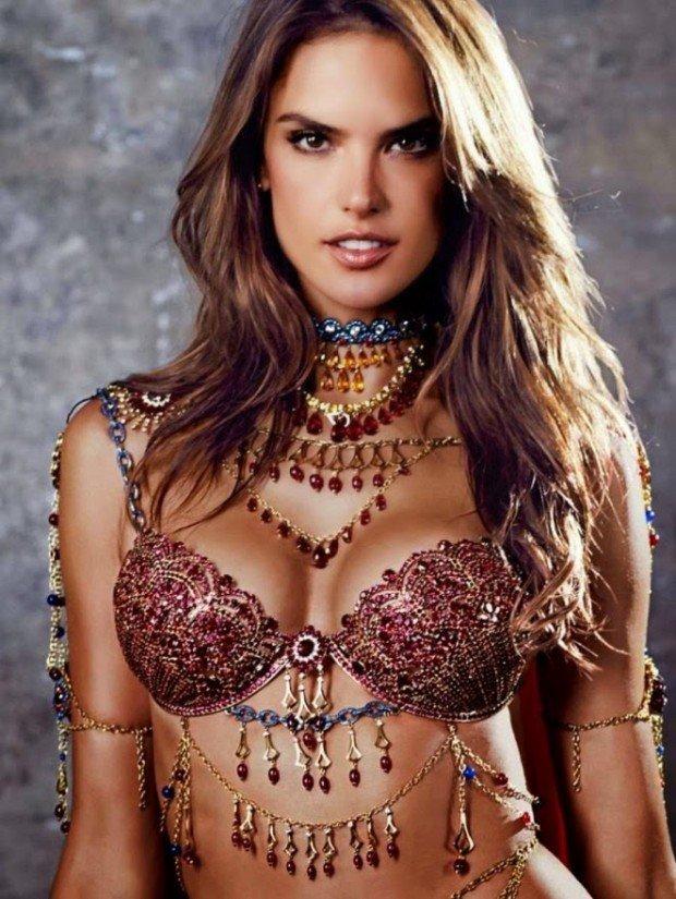 Alessandra-Ambrosio -2014-Victorias-Secret-Fantasy-Bra-Preview--02-662x881