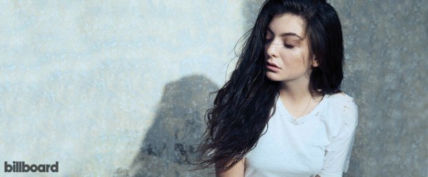 lorde-2014-hargrave-bb37-billboard-01-990