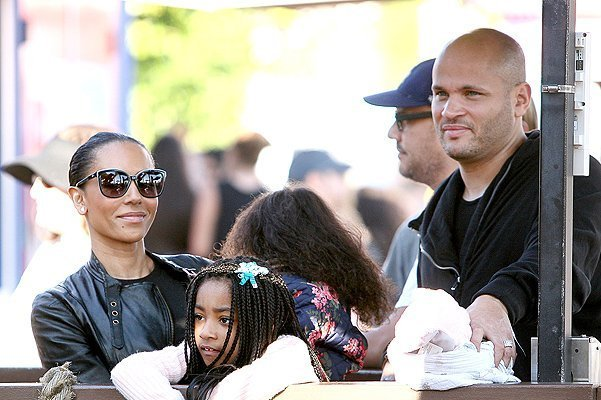 EXCLUSIVE: Mel B has fun at the fair with her family in L.A. NO DAILY MAIL ONLINE, 2ND RIGHTS AUSTRALIA, U.K AND NZ. NO AUSTRIA, GERMANY, SWITZERLAND