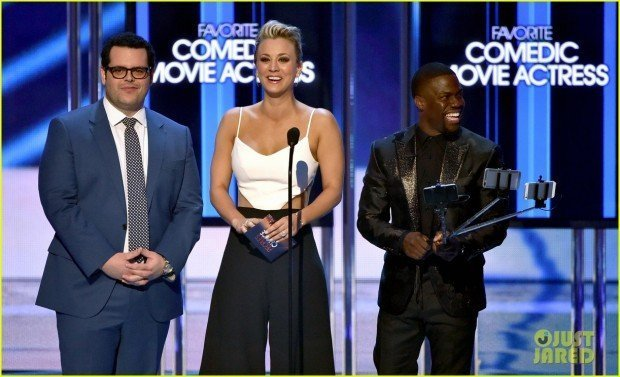 kaley-cuoco-feminism-comments-at-peoples-choice-awards-2015-02