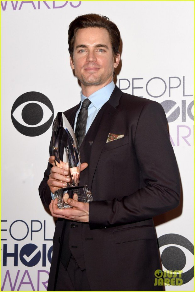 matt-bomer-and-simon-halls-peoples-choice-01