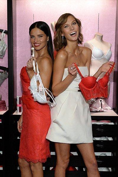 Victoria's Secret Angels Celebrate Holiday 2013