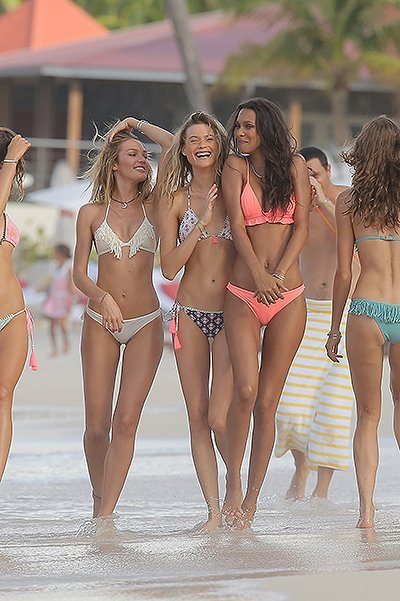 EXCLUSIVE: Victoria's Secret models together for group photoshoot