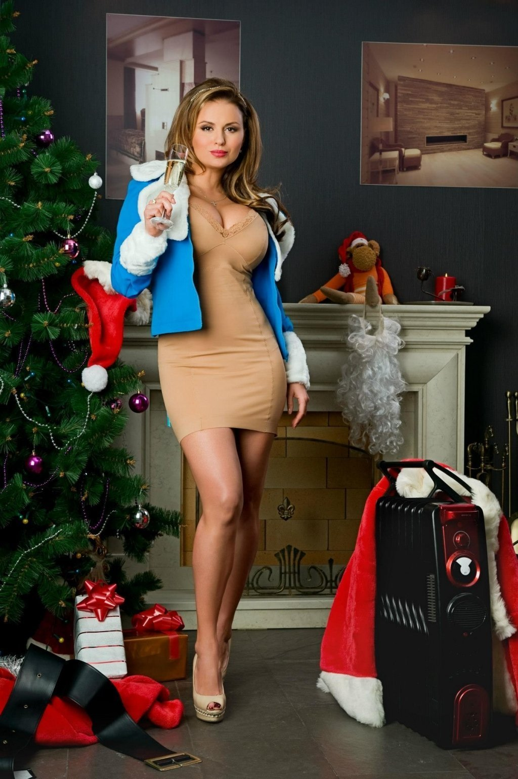 Звезда Анна Семенович показала голые прелести. Бесплатно на Starsru.ru
