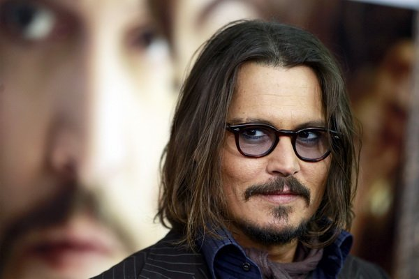 """Cast member Johnny Depp arrives for the premiere of """"The Tourist"""" in New York"""