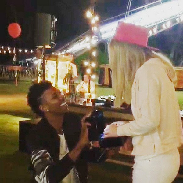 nick-young-flashes-huge-ring-for-fiance-iggy-azalea-ftr