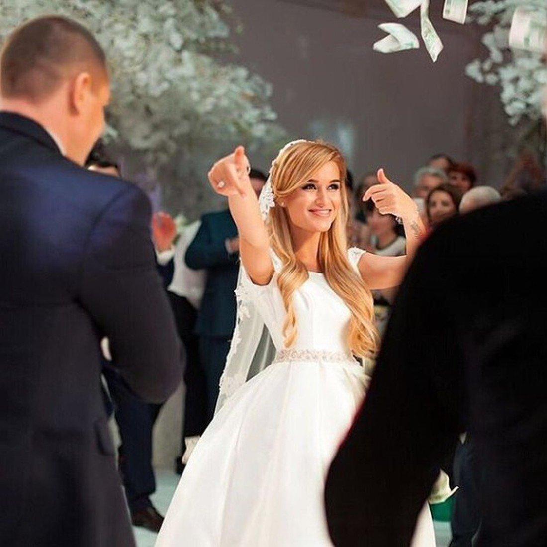 Ксения бородина свадебная прическа фото