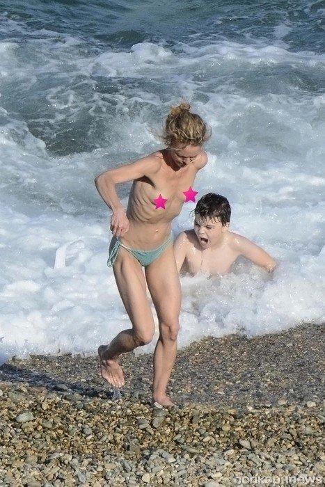 нудисты  Красивые голые девушки эротические фото
