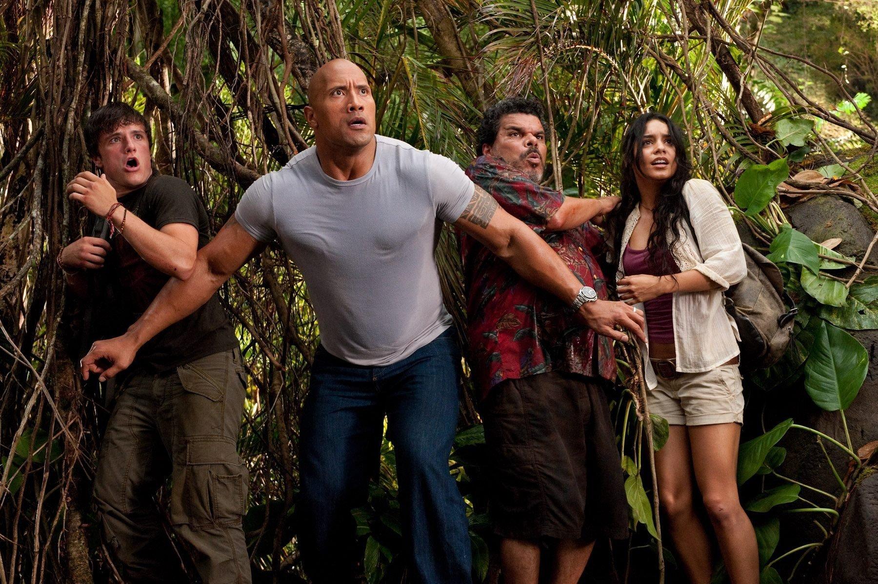 Студия Disney пригласила Дуэйна Джонсона в Круиз по джунглям .