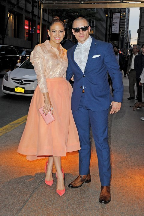NEW YORK - SEPTEMBER 25: Jennifer Lopez and Casper Smart arrive for the Gender Equality event at the Four Seasons Restaurant on September 25, 2015 in New York, New York.  (Photo by Josiah Kamau/BuzzFoto via Getty Images)