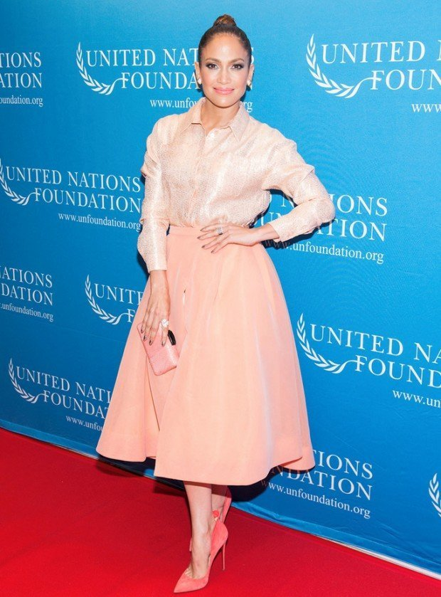 NEW YORK, NY - SEPTEMBER 25:  Jennifer Lopez attends UN Foundation's gender equality discussion at The Four Seasons Restaurant on September 25, 2015 in New York City.  (Photo by Noam Galai/WireImage)