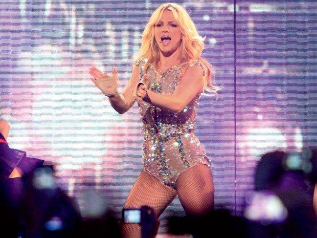 Бритни Спирс нагрубила мужчинам во время своего концерта