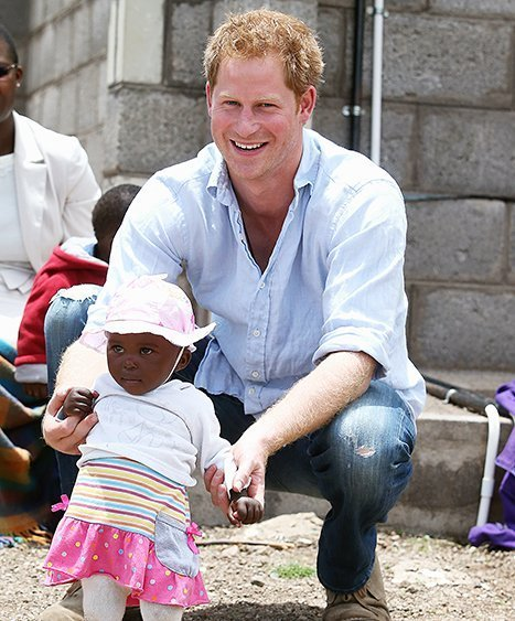 http://www.starslife.ru/wp-content/uploads/2015/10/1443713310_prince-harry-charity-lg.jpg