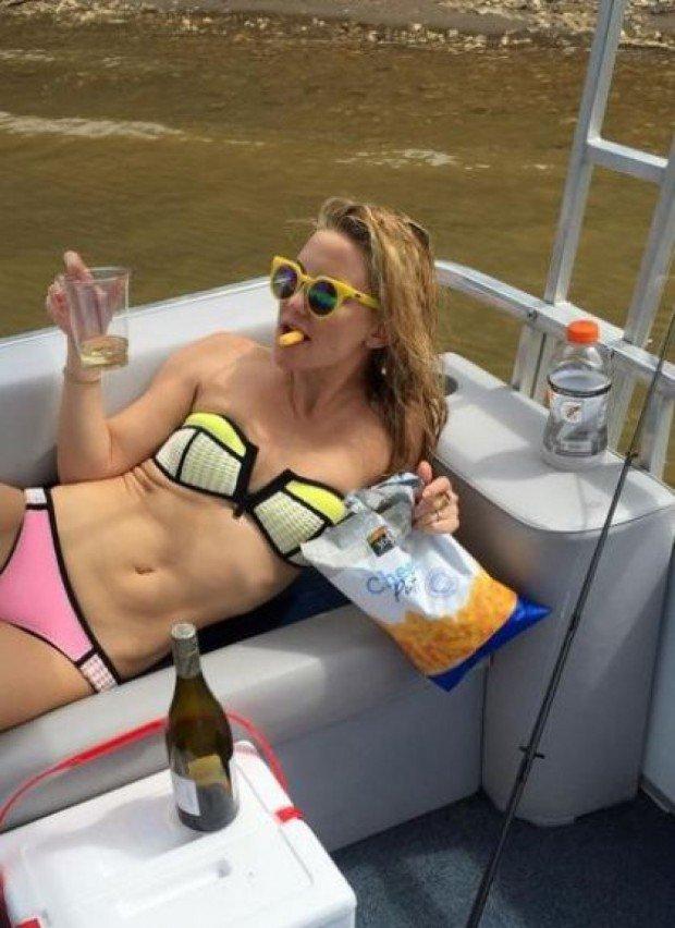 Кейт Хадсон похвасталась накачанным прессом, а Вин Дизель — «расслабленным» животом