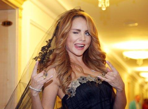Певица МакSим намекнула на новые отношения и перемены в жизни