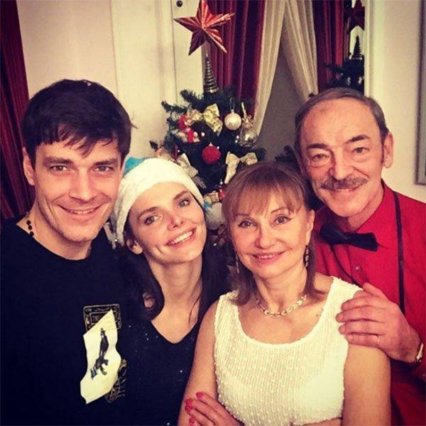 Лиза Боярская продемонстрировала семейную идиллию