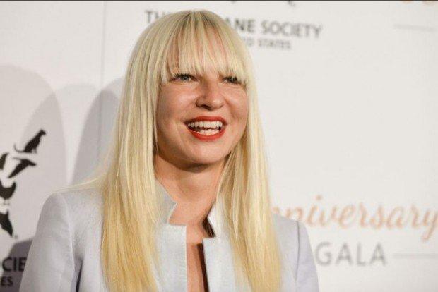 Sia впервые выступит в России