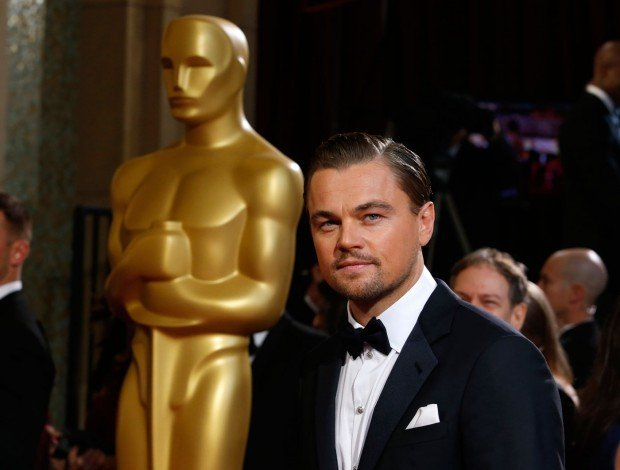 http://www.starslife.ru/wp-content/uploads/2016/03/LeonardoDiCaprioOscar-620x470.jpg