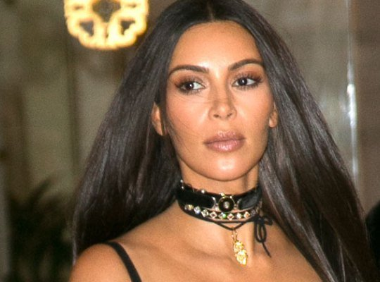Kim-Kardashian-Paris-Gun-Robbed-Jewelry-Cell-Phone-pp