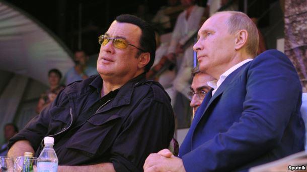 Стивен Сигал получил российское гражданство и будет получать пенсию в РФ