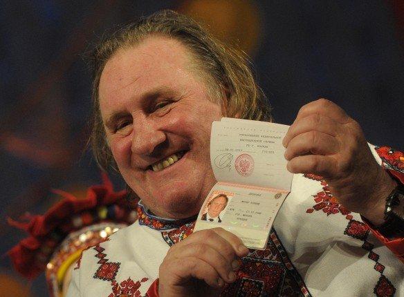 Жерар Депардье подал всуд напредпринимательницу из РФ
