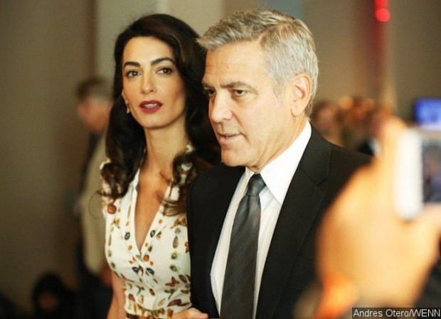 http://www.starslife.ru/wp-content/uploads/2016/12/george-and-amal-clooney-are-living-separate-lives-and-ready-for-300-million-divorce-620x449.jpg