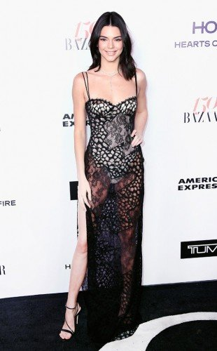 rs_634x1024-170128084926-634.kendall-jenner.cm.12717