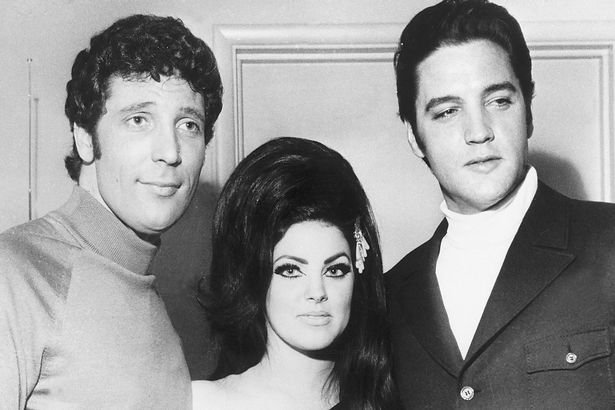 http://www.starslife.ru/wp-content/uploads/2017/02/PROD-Elvis-Presley-Priscilla-Presley-and-Tom-Jones.jpg
