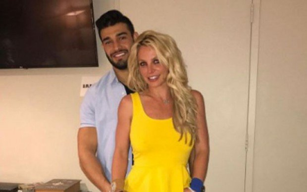 britney-spears-sam-asghari-dating-relationship-pp