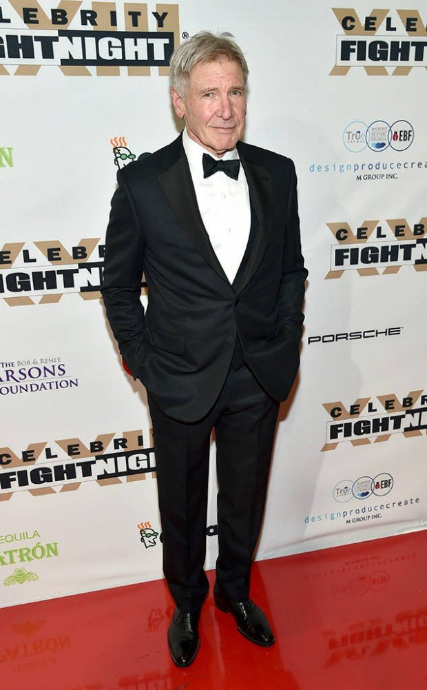 http://www.starslife.ru/wp-content/uploads/2017/04/rs_634x1024-170319153153-634.Harrison-Ford-Celebrity-Fight-Night.kg_.031917-620x1001.jpg