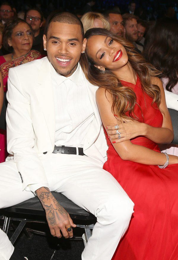chris-brown-rihanna-ftr8