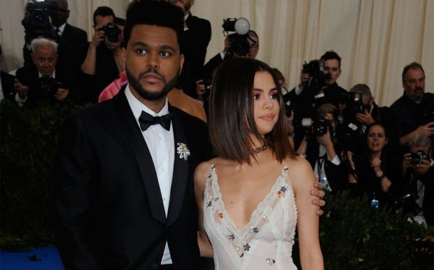 selena-gomez-weeknd-friends-relationship-trouble-pp